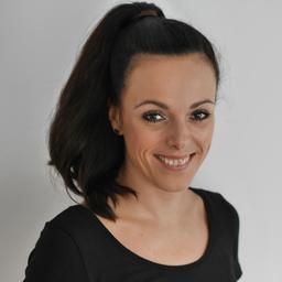 Nadine Thome