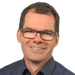 Dr Jens Heuer - IBM iX - Hamburg