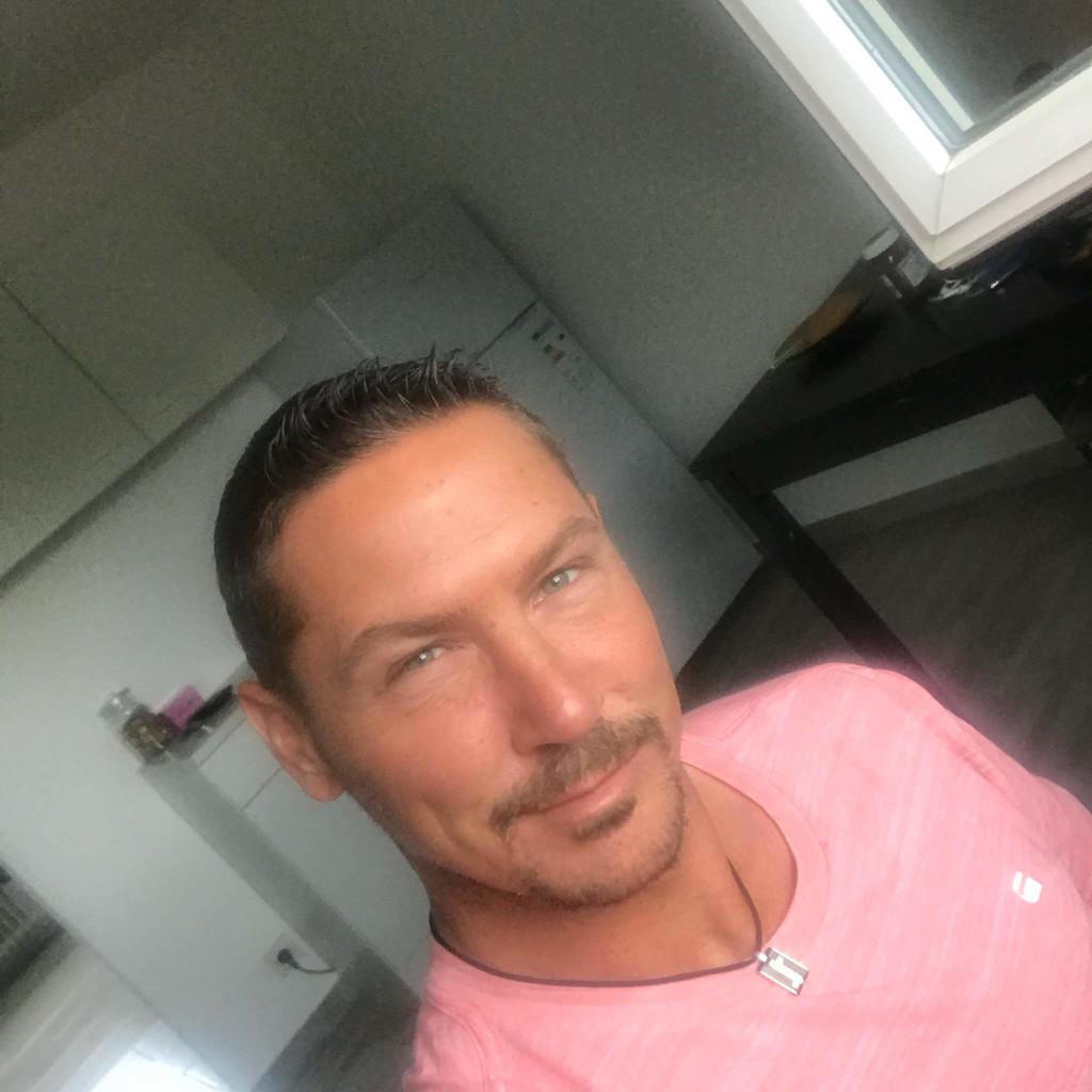 Lutz Wallraff's profile picture