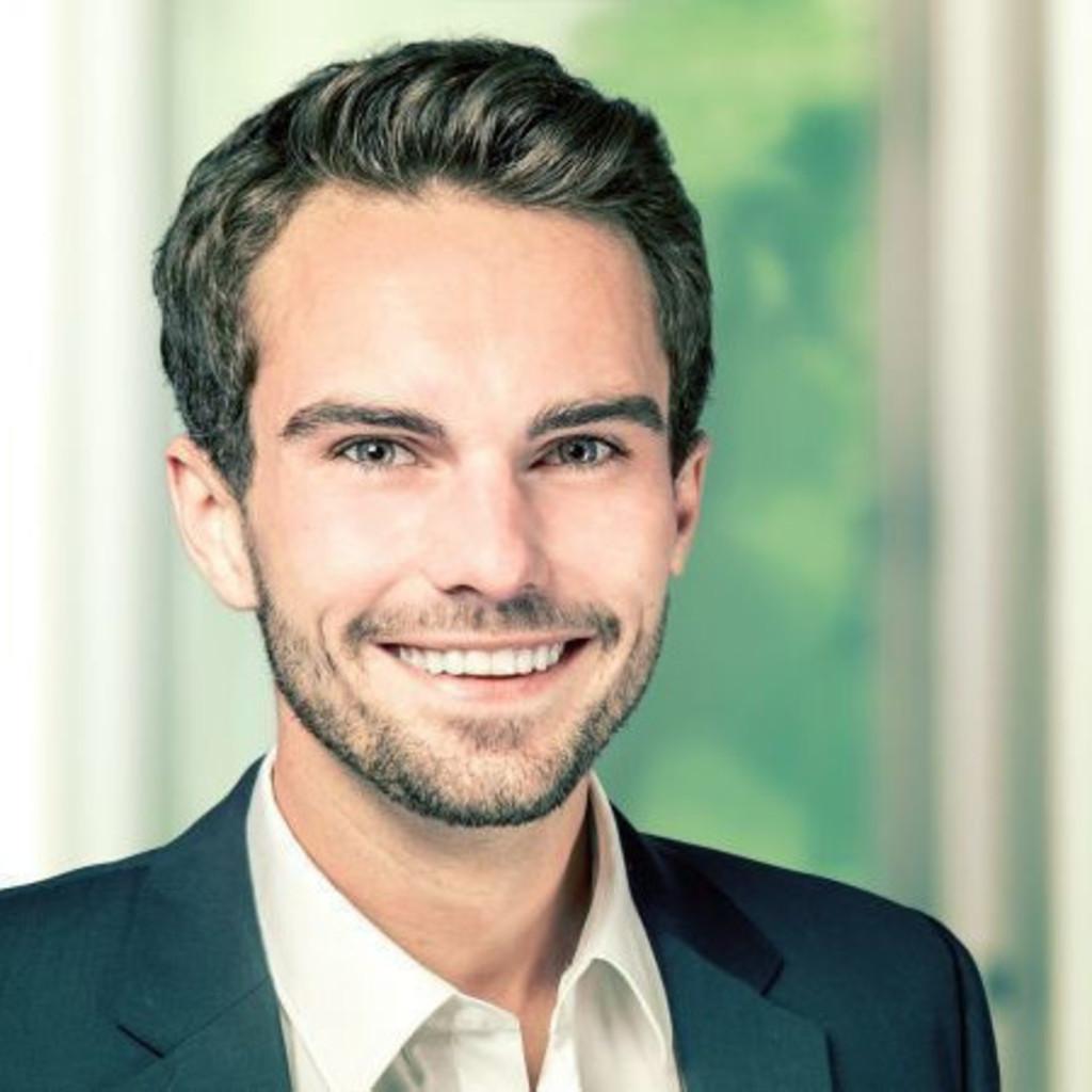 Moritz piel junior consultant gmk markenberatung xing for Junior consultant