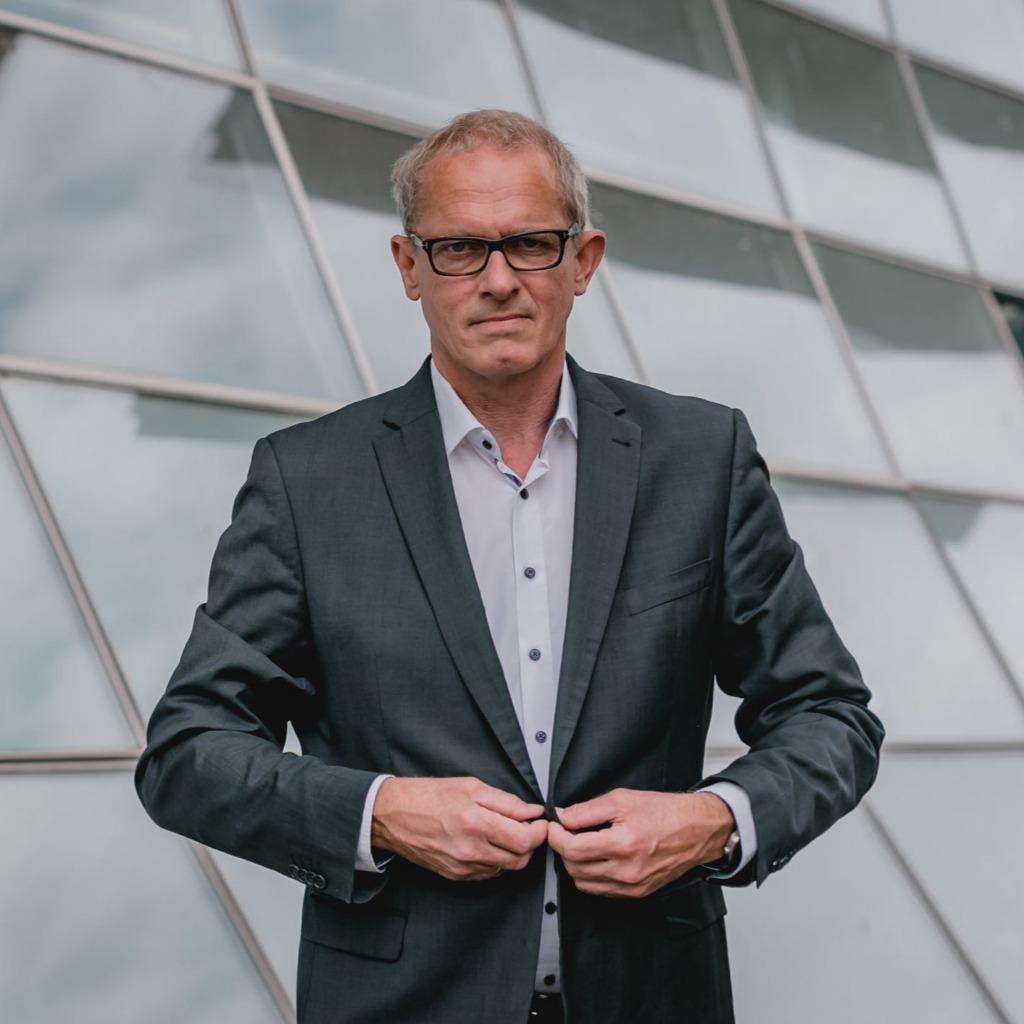 Bernd Hartmann - Director Human Resources / Prokurist