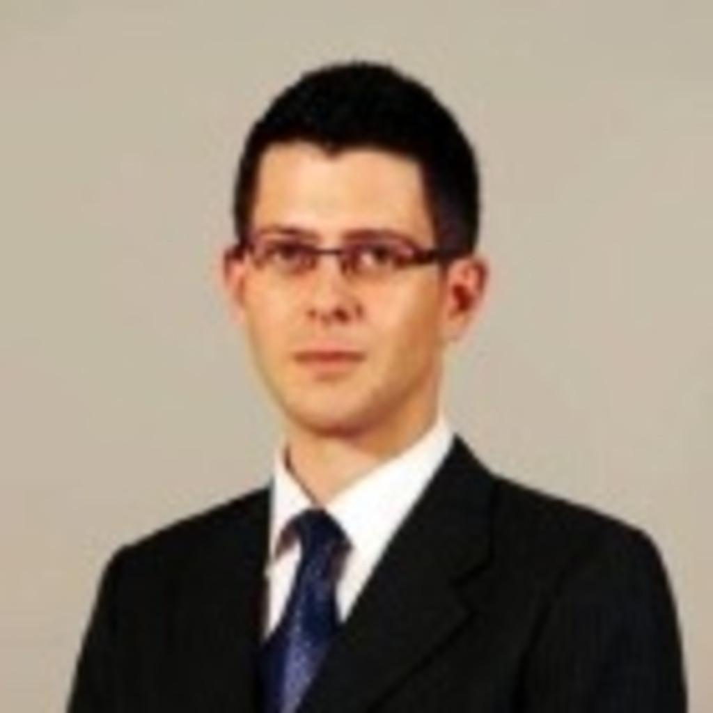 Florian wallner juristischer mitarbeiter chsh cerha for Juristischer mitarbeiter
