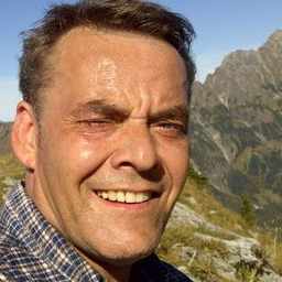 Jens Qualmann - Firmengruppe Liebherr - Marlow
