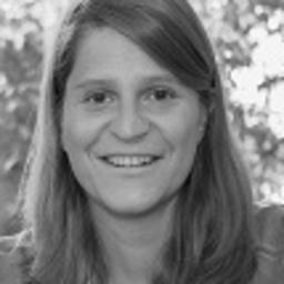 Dr. Julia Suderow