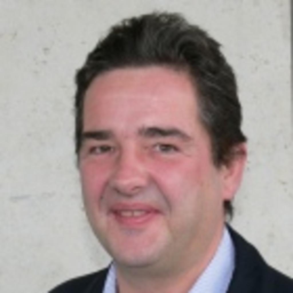 <b>Markus Bühler</b> - Gastro, Geschäftsfüherer, Lebensmittelbranche, ... - markus-b%C3%BChler-foto.1024x1024