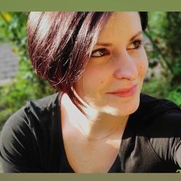 Julia Pflüger's profile picture