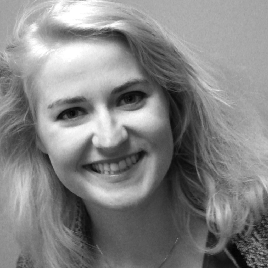 Franziska maria sch per modedesignerin for Mobelkiste hamburg