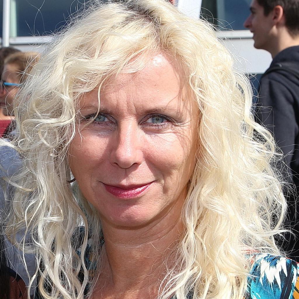 Karin Glier Nude Photos 17