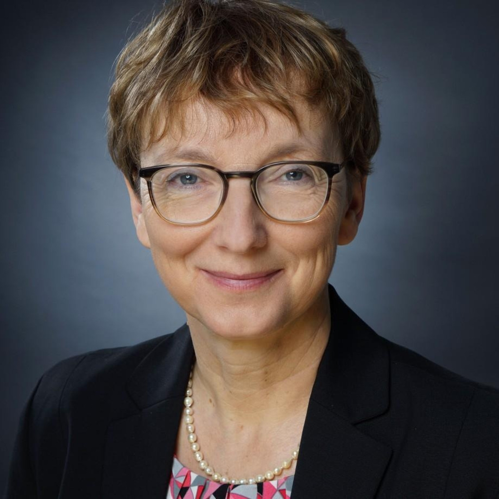 dr astrid jensen atwood business unit manager elanco lilly deutschland gmbh xing. Black Bedroom Furniture Sets. Home Design Ideas
