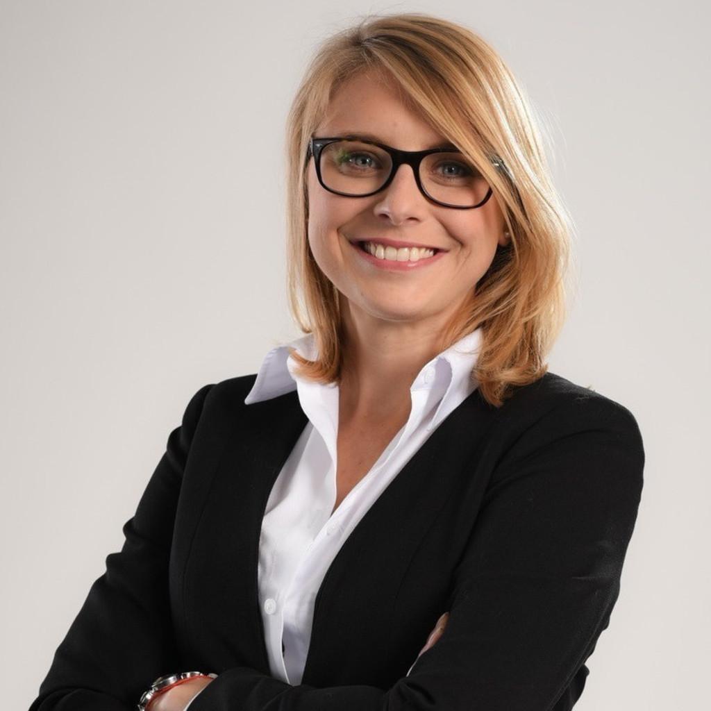 Magda Sternik Teamlead Hr Field Cee Chep Deutschland