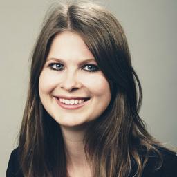 Lara Roth - R+V Allgemeine Versicherung AG - München