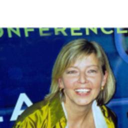 Angelika Eckert - PAGE // Ebner Media Group GmbH & Co KG - Berlin