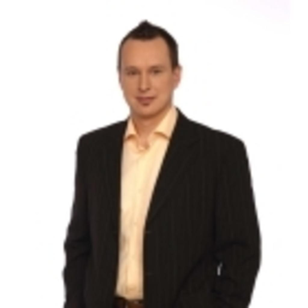 Petr dvorak vice president category product management for Mobel dvorak