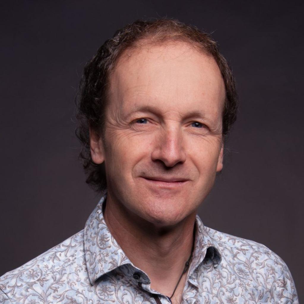 Michael reuter gesch ftsf hrender gesellschafter for Produktdesign offenbach