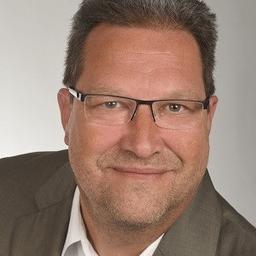 Nils Sierotin - Lufthansa Global Business Services - Kühsen