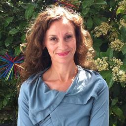 Dr. Toula Stoffel