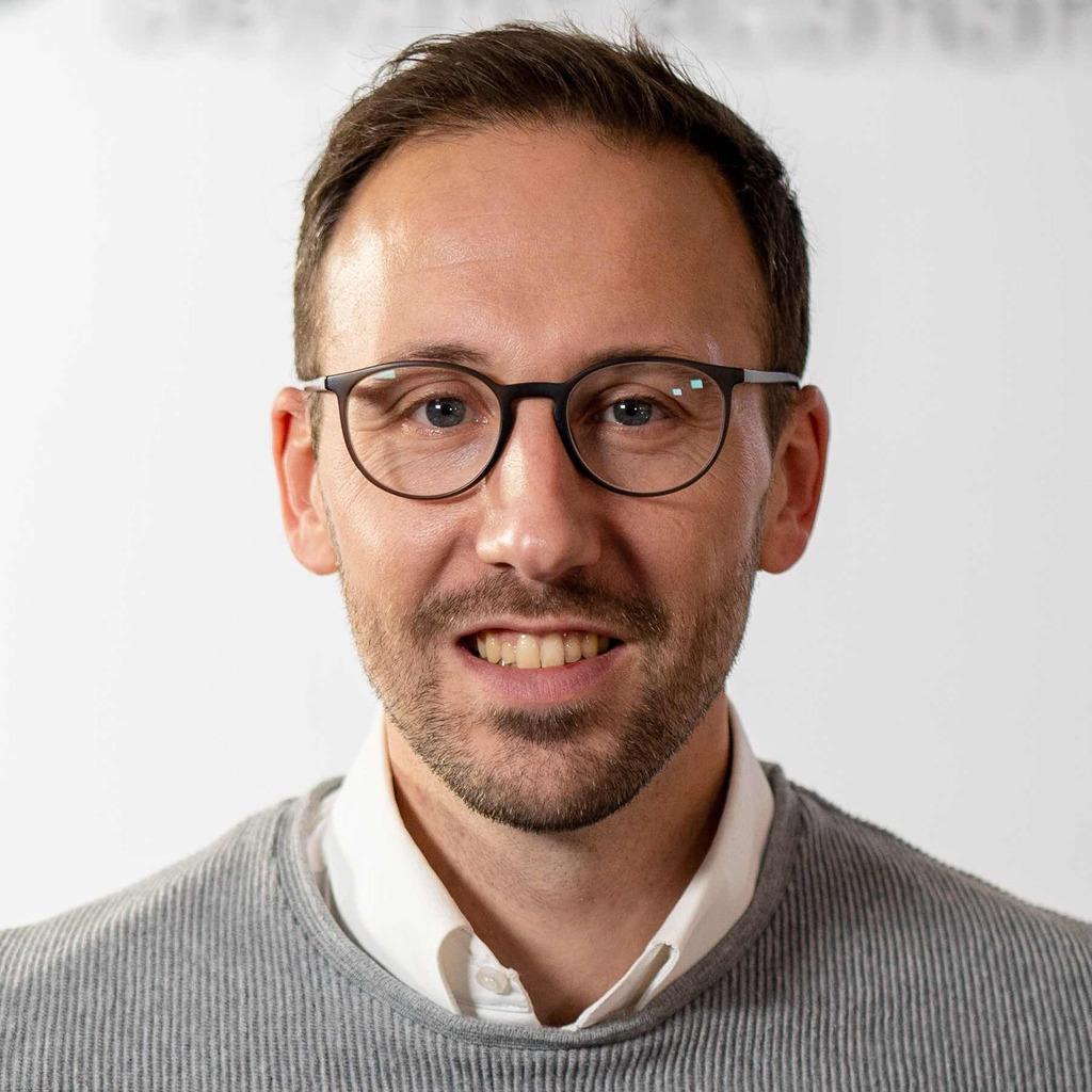 Sebastian kopp social media junior consultant lobeco for Junior consultant