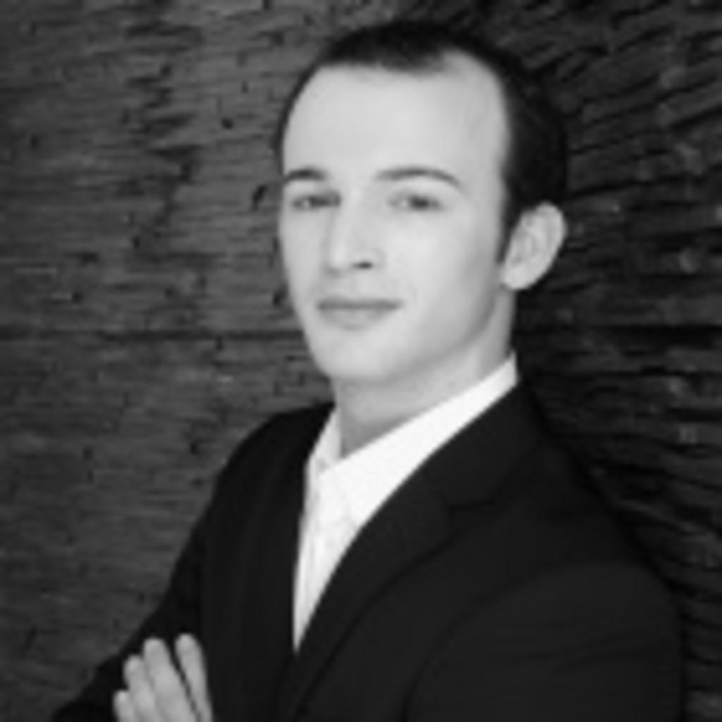 Martin Hombach Einrichtungsfachberater Anders Kuche Raum Xing
