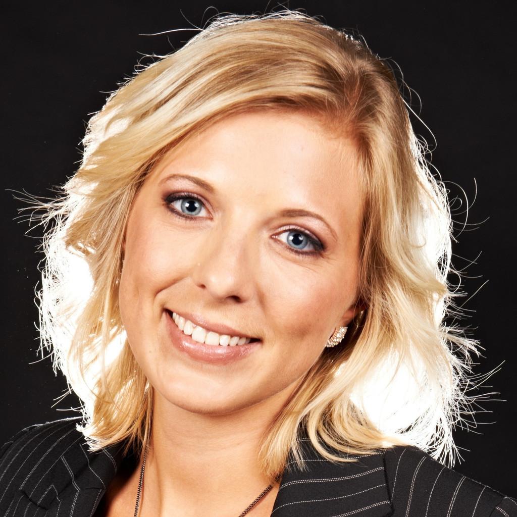 <b>Torsten Kugelmann</b> - Versicherungsvertreter - Versicherungsbüro Kugelmann   ... - julia-haberzettl-foto.1024x1024