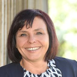 Michaela Tröndlin - HCCM AG International Executive & Management Search - Reinach