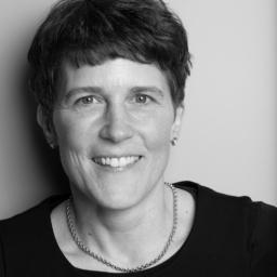 Dr Jo Beatrix Aschenbrenner - Trafo - transforming the way organizations drive change - Rosengarten