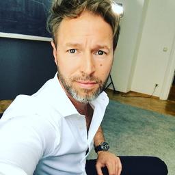 Holger Maurer - SOCIAL CREATIVE ROOM GmbH - München