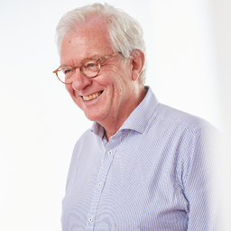 Dr. Christian Hartmann