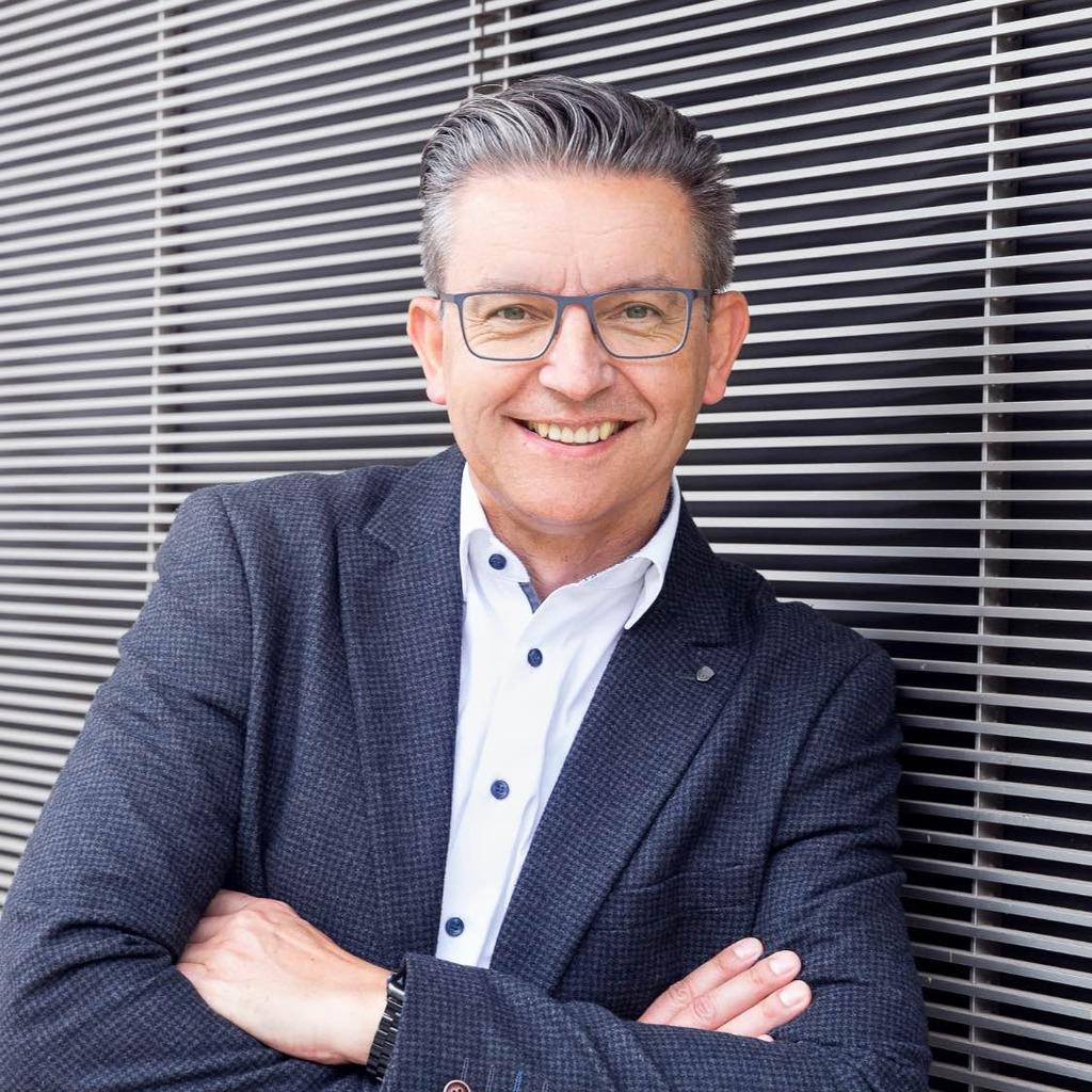 Andrew Brotr 252 Ck Filialdirektor Commerzbank Ag Xing