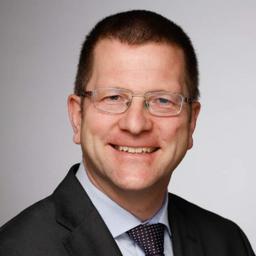 Benedikt Füssel - Deutsche Bank AG - Frankfurt