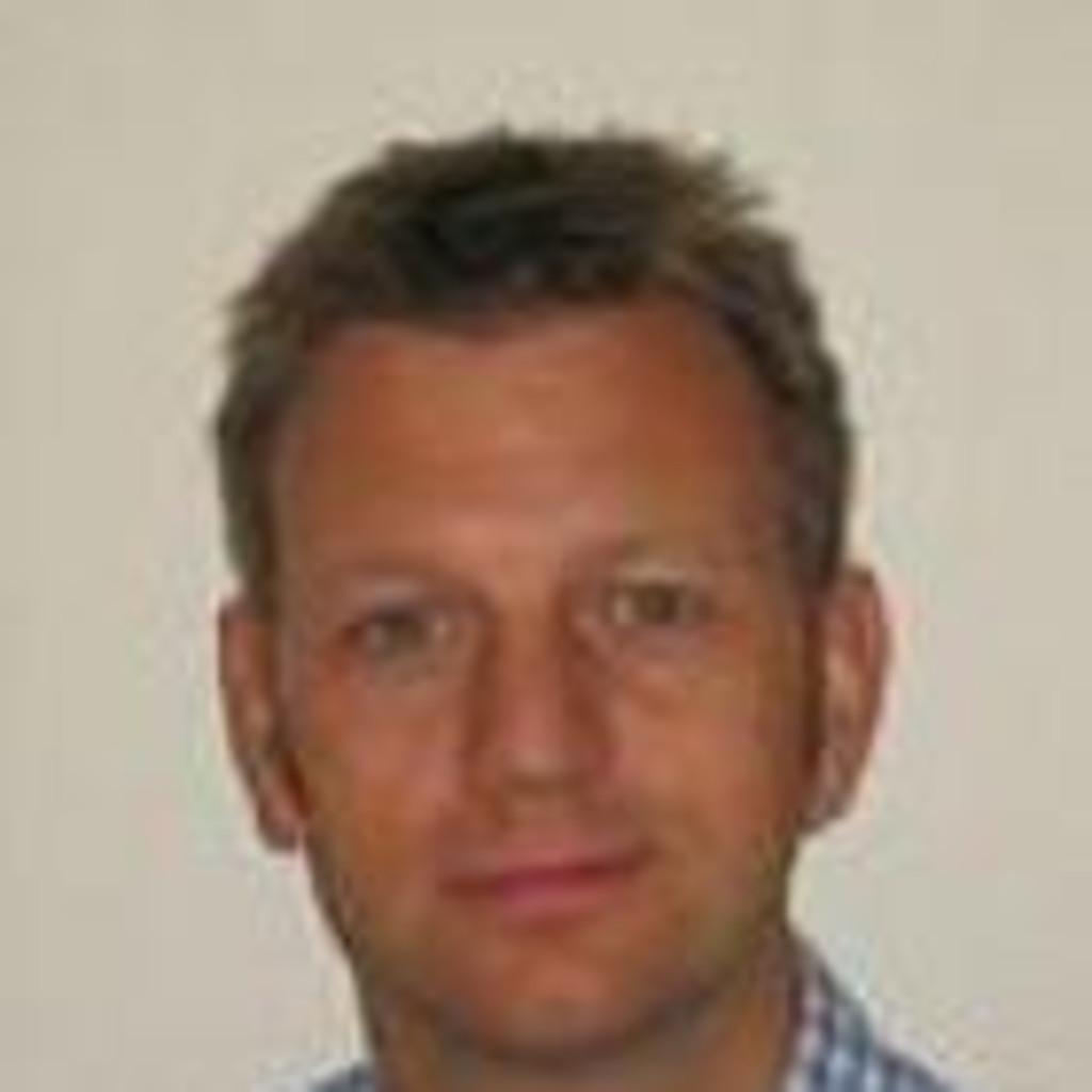 Dirk Esser Principal Partner Manager M2m Vodafone Global Enterprise M2m Xing