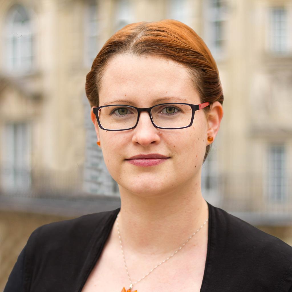 Melanie Joerendt Office Managerin Berlin Dwf Germany Xing