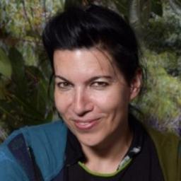 Dr. Chantal Roth