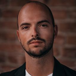 Luca Altenwerth's profile picture
