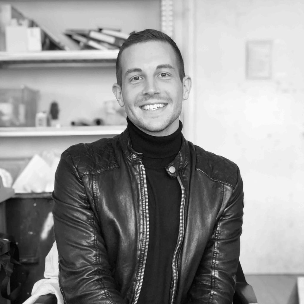 Tim Simon - Innenarchitektur - Akademie der bildenden Künste München  XING