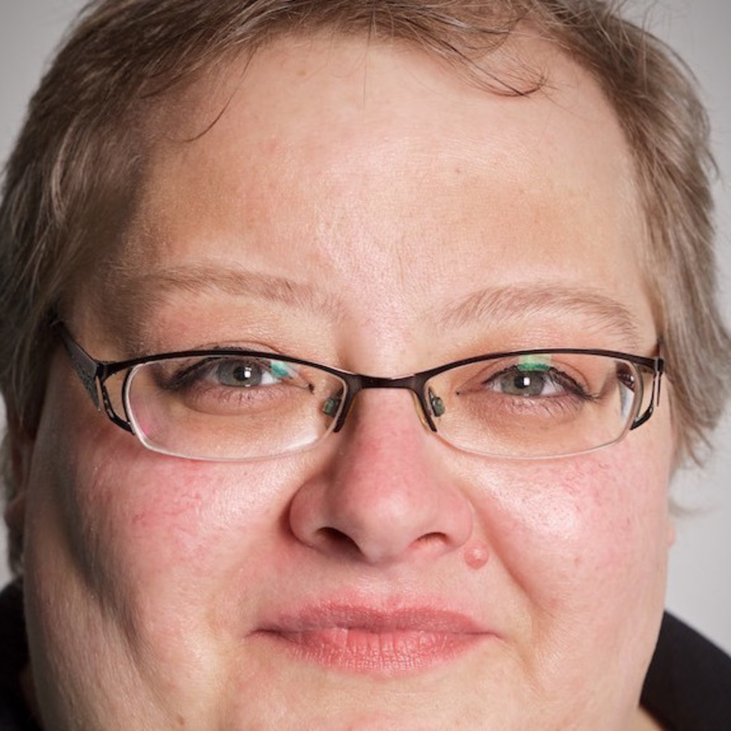 Simone Hilger - freiberufliche Dozentin - Schülerhilfe | XING