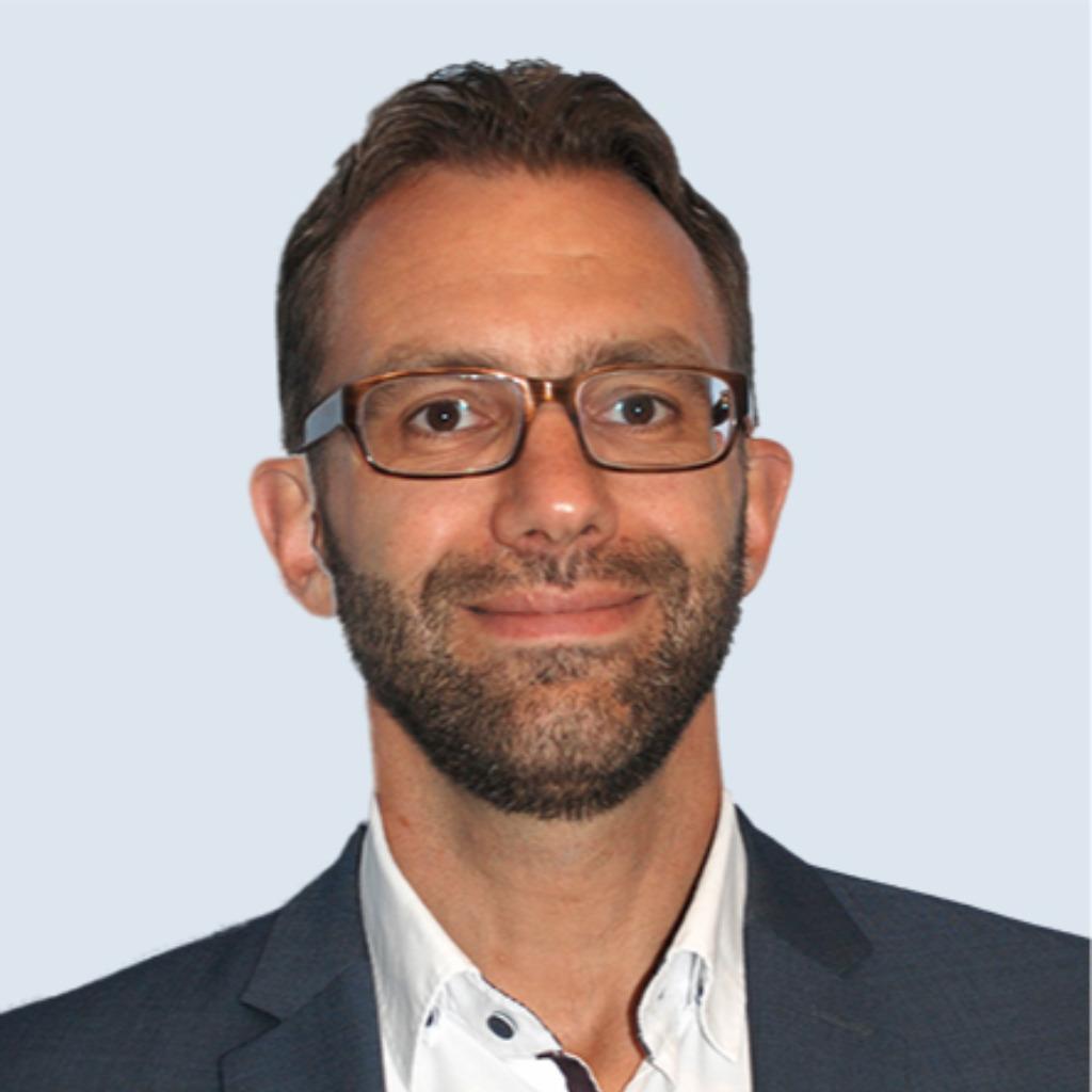 Guido gehrt leiter der bonner redaktion beh rden for Redaktion spiegel