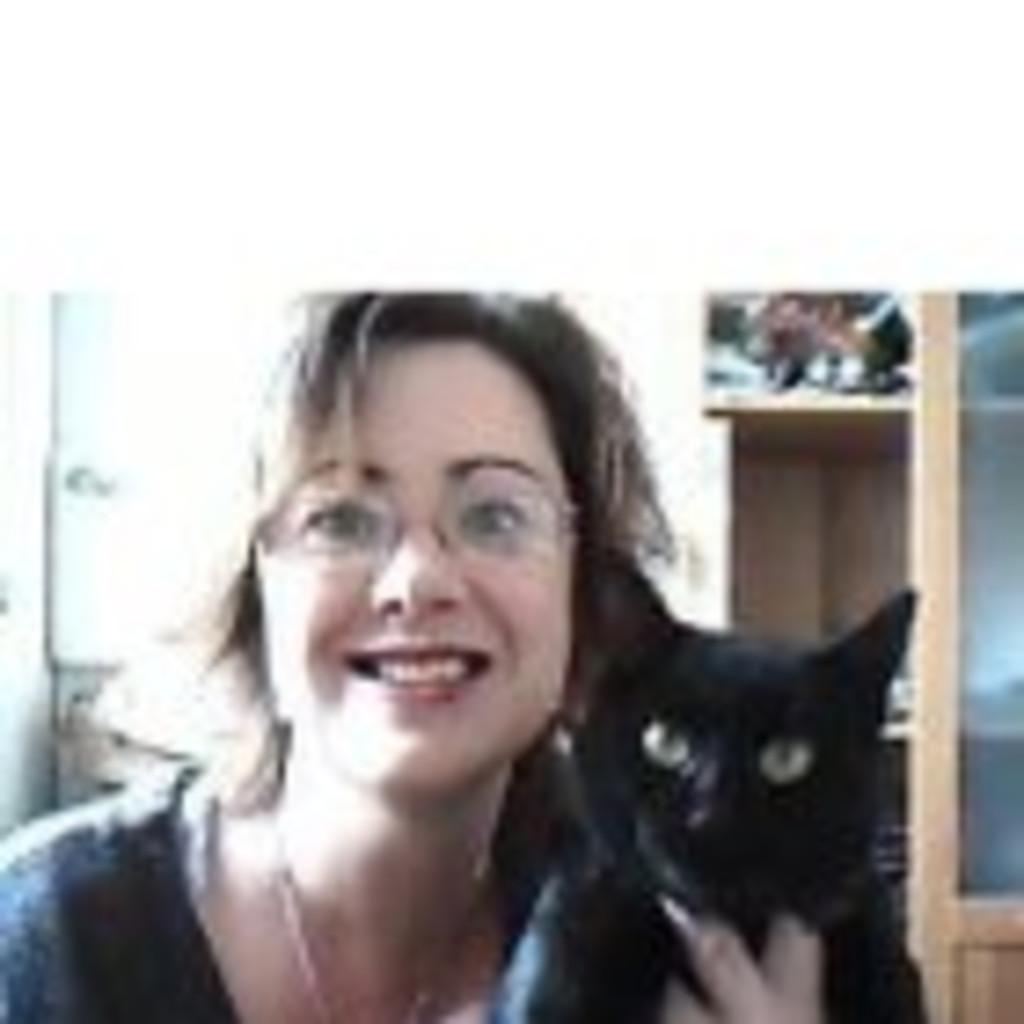 Watch Liz Edmiston video