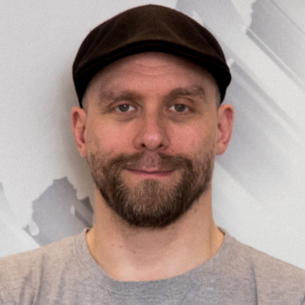 <b>Lars Eggers</b> - Werbetexter Journalist Autor Kameramann - <b>Lars Eggers</b> Text ... - lars-eggers-foto.1024x1024