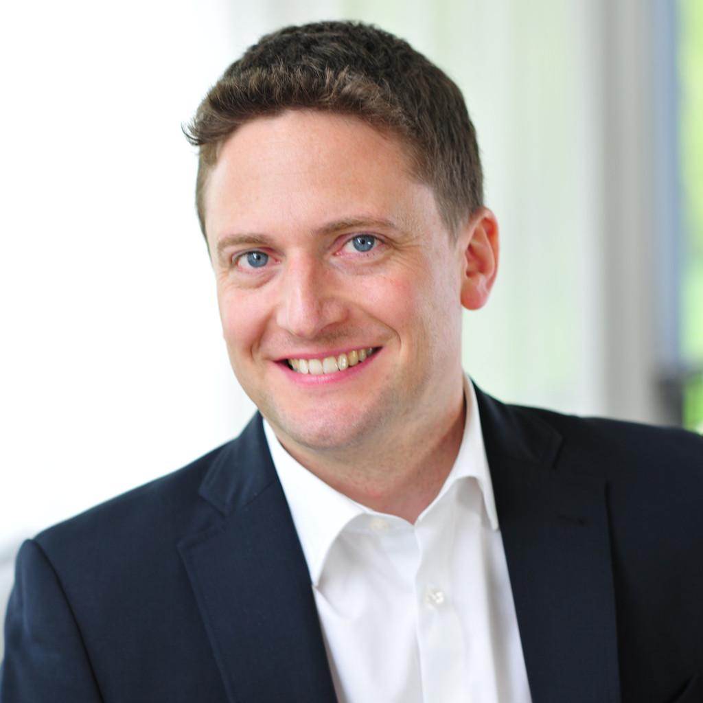 Tobias Arnold Vice President Financecontrolling Vorwerk Co