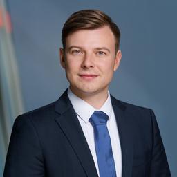 Dr. Viktor Warth