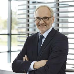 Hans-Georg Hoffmann - B&B Hotels GmbH - Hochheim am Main