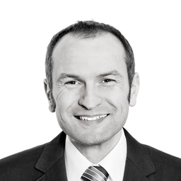 Dr. Ekkehardt Bauer