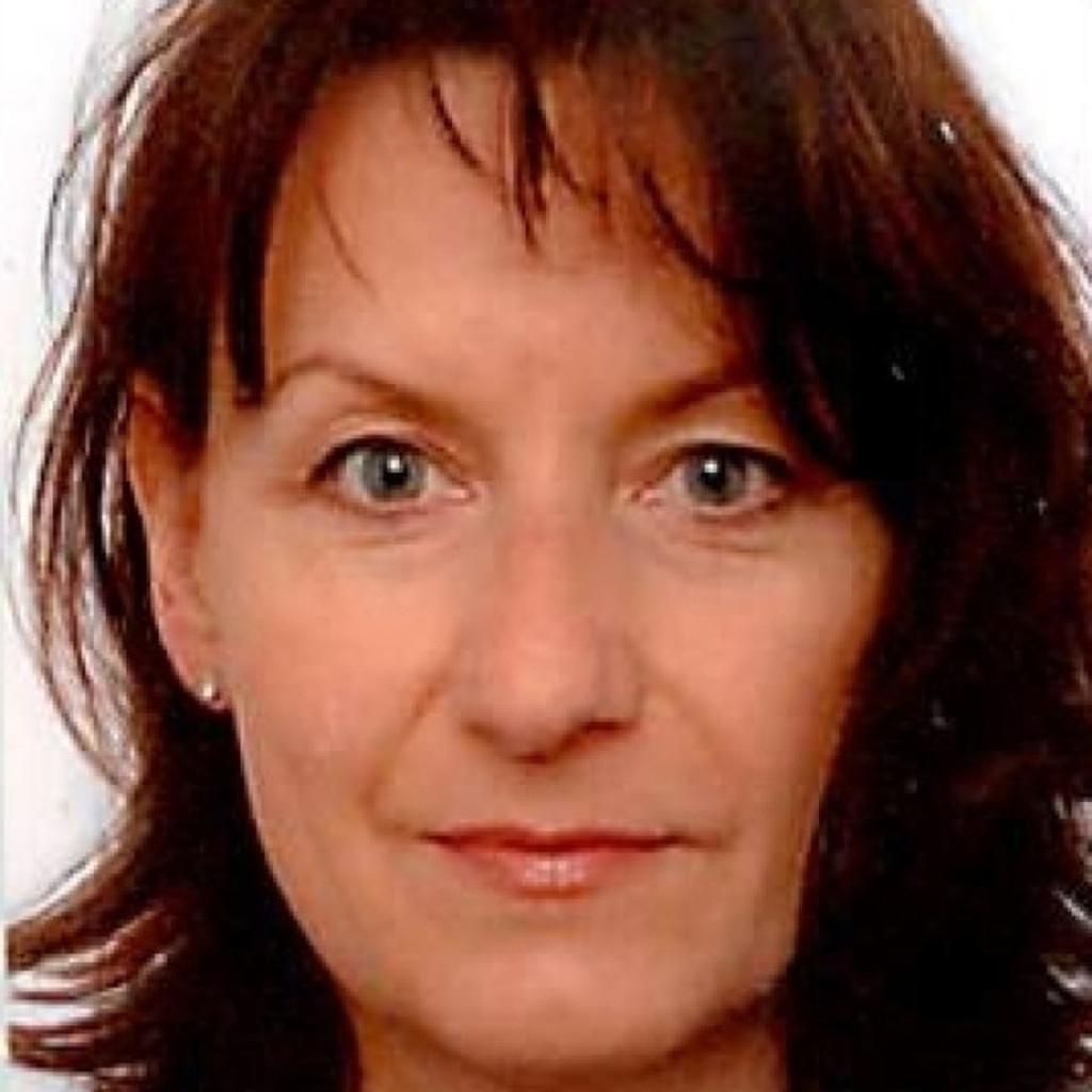 <b>Ilona Maurer</b> - Referentin betriebl. Gesundheitsförderung, Sporttherapeutin ... - ilona-maurer-foto.1024x1024
