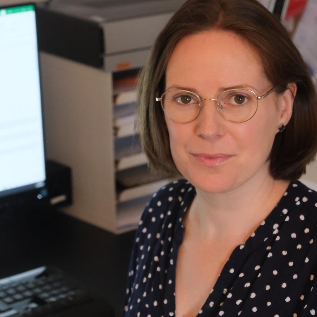 Katja Oppelt - Wissenschaftliche Mitarbeiterin - Leibniz-Institut ...