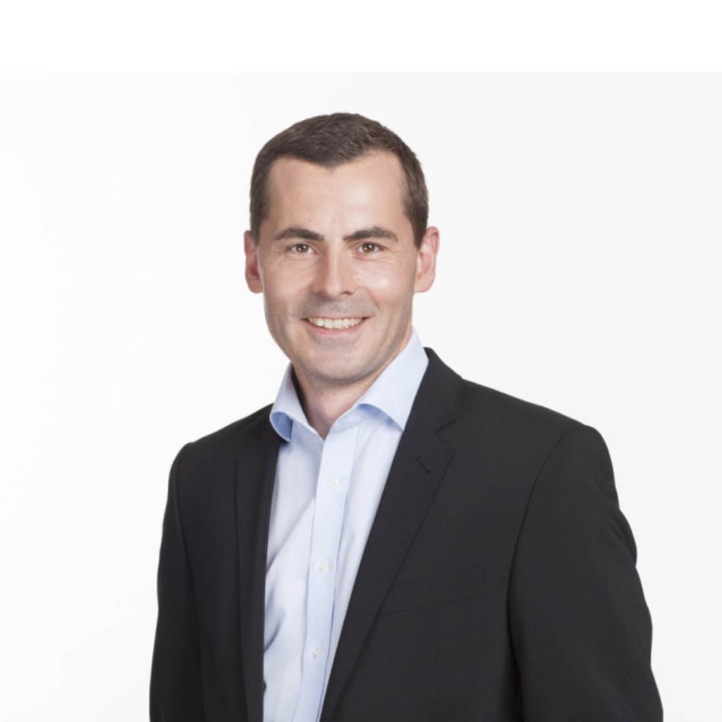 Florian raith produktmanager innenarchitekt klafs for Suche innenarchitekt
