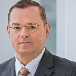 Prof. Dr Tino Michalski - Senior Manager BludauPartners - Frankfurt am Main