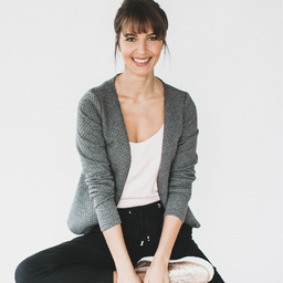 Julia Buck - Julia Buck Yoga & Meditation - Berlin & bundesweit