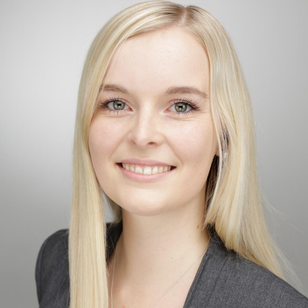 Julia Scherer - Auszubildende zur Erzieherin - Kita