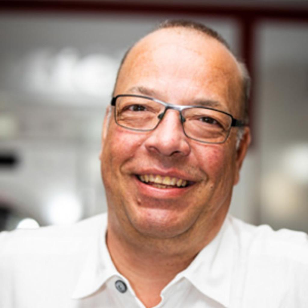 Ralf Ludwig Kuchenfachberater Mobel Hausmann Xing