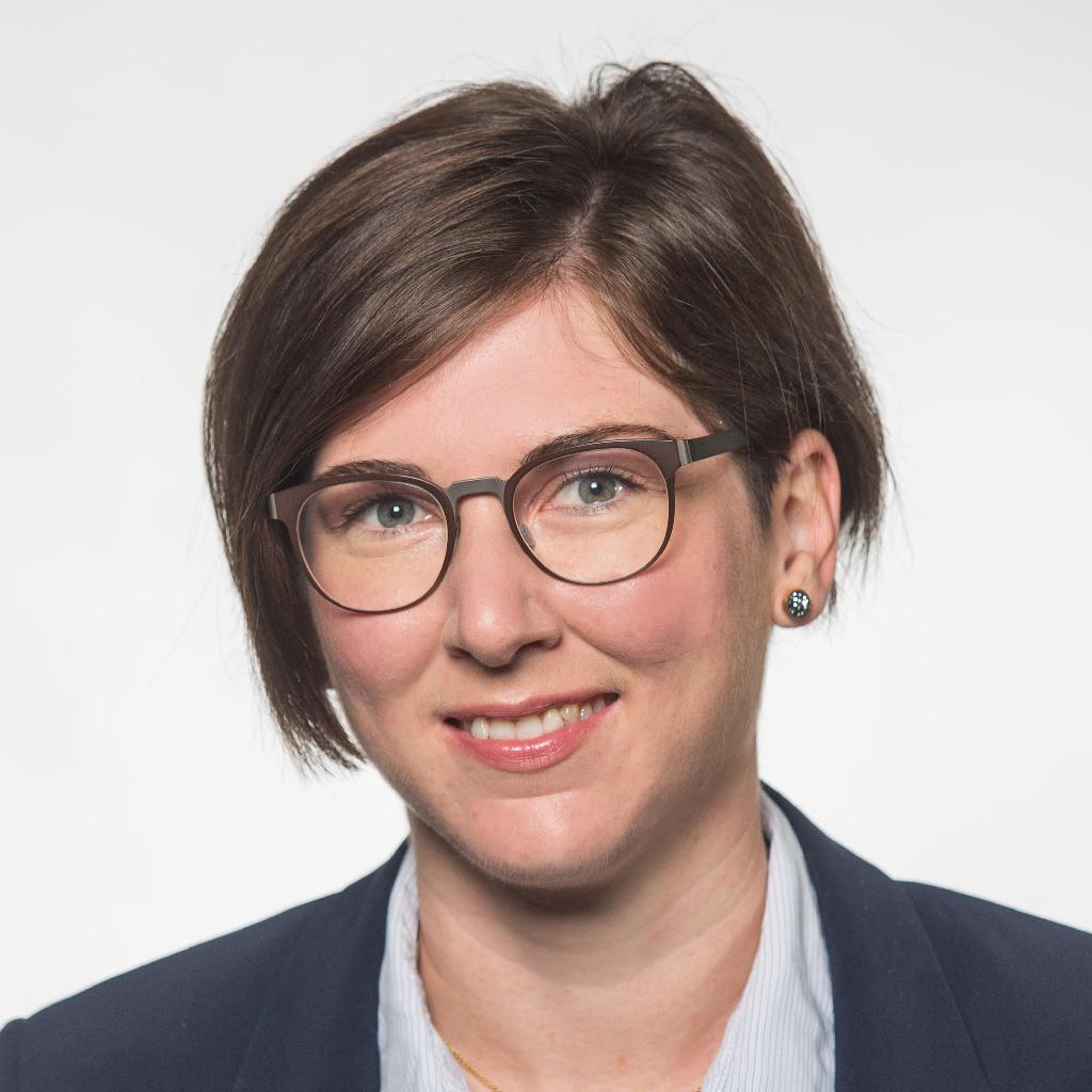 <b>Miriam Franz</b> - Leiterin Beschaffungsmanagement - ElringKlinger AG | XING - miriam-franz-foto.1024x1024